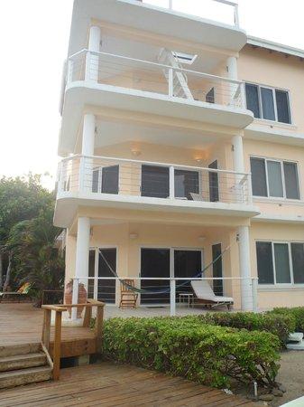 Laru Beya Resort & Villas: OUR BUILDING