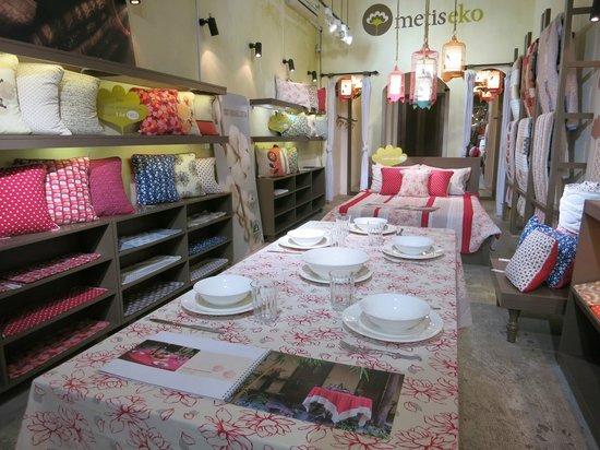 Metiseko: Bedroom and kitchen items