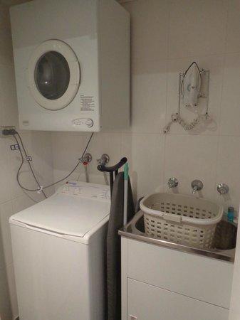 Meriton Suites Bondi Junction: In-room laundry
