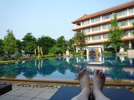 The Imperial River House Resort: プールサイド