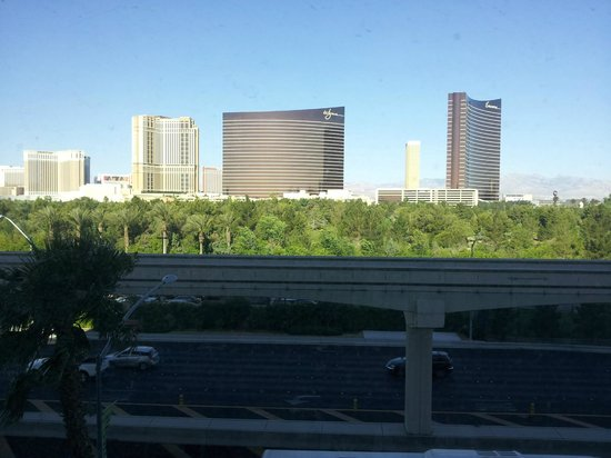 Renaissance Las Vegas Hotel: View from Room