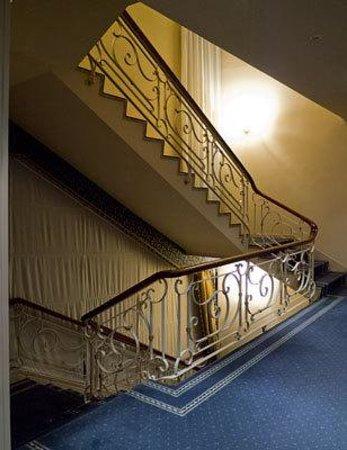 Hotel de La Ville : エレベーターホール