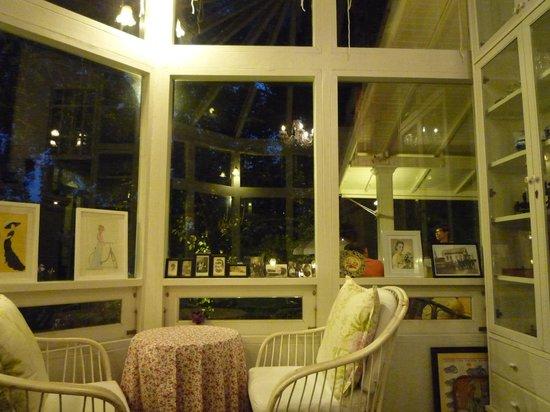 Chivit Thamma Da Coffee House : 店内3