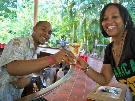 "Sandals Inn : He knows my favorite ""dirty banana"""