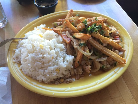 Mi Lindo Peru : Saltado de Pollo