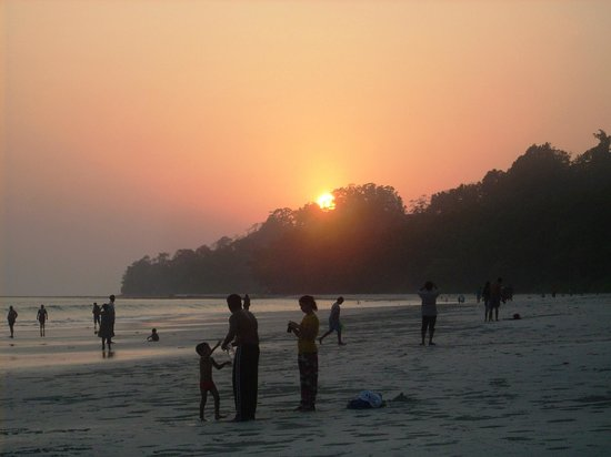 Radhanagar Beach: Sunset in the beach