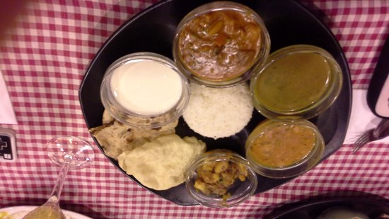 TULSI GARDEN RESTAURANT: Vegetarian Set Meal