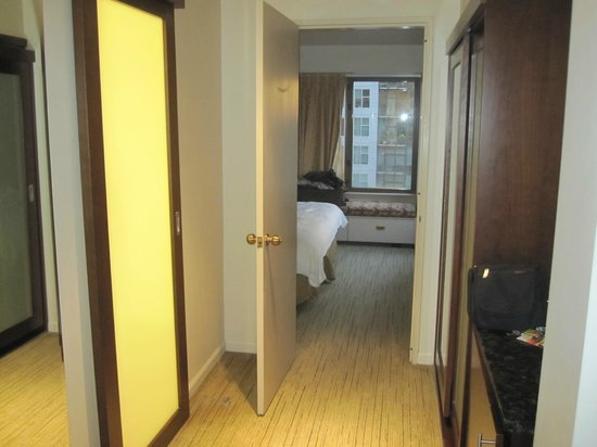 Charmant Renaissance Seattle Hotel: Hallway Between Living Room And Bedroom (weird Sliding  Door For Bathroom