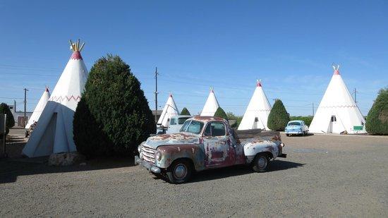 Wigwam Motel : 'Pitches'