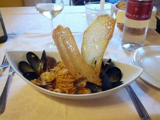 Hostaria Le Repubbliche Marinare: seafood spagetti