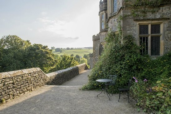 Haddon Hall : View of courtyard with table for relaxing?