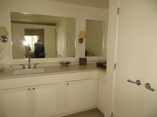 Pavilion Hotel: Bathroom