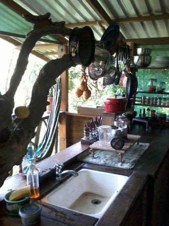 Ka'Kau Jungle Cabinas: Treehouse kitchen