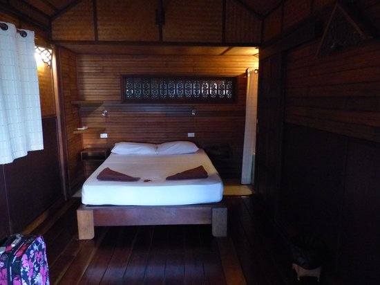Tantawan Bungalow: la chambre