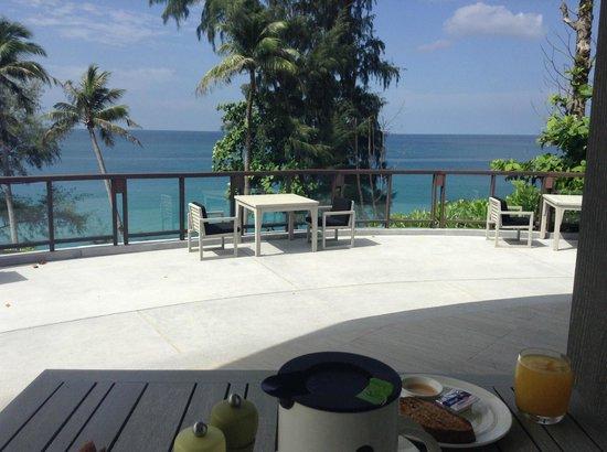 Pullman Phuket Arcadia Naithon Beach: breakfast view
