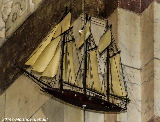 Basilique Notre-Dame de la Garde : Replicas of ships brought for blessing before journeys