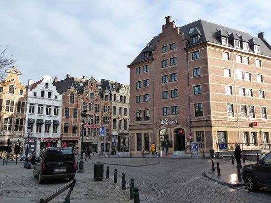 Ibis Brussels off Grand Place : Vista exterior del hotel