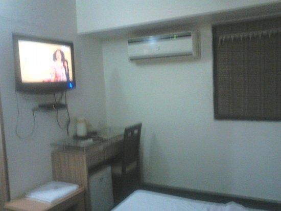 Sahar Garden Hotel: 1