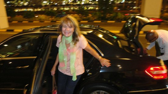Singapore Marriott Tang Plaza Hotel: great limo