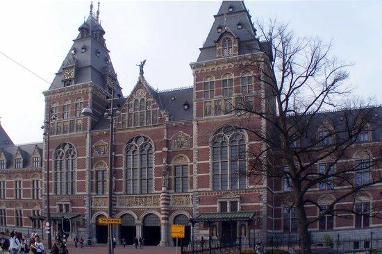 Rijksmuseum: Exterior