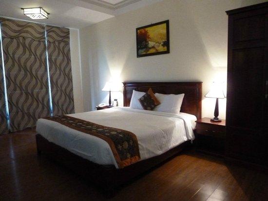 Hoi An Glory Hotel & Spa: cama