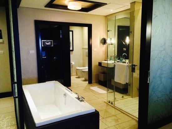 Fairmont Zimbali Resort : Bathroom