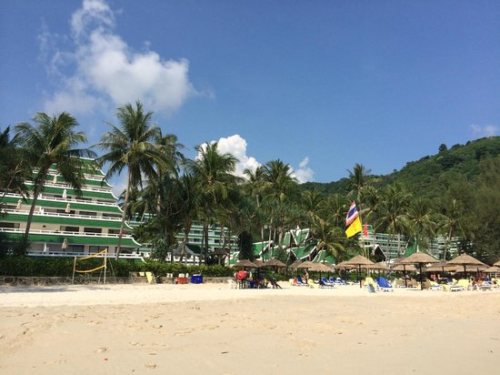 Le Meridien Phuket Beach Resort : View from the beach