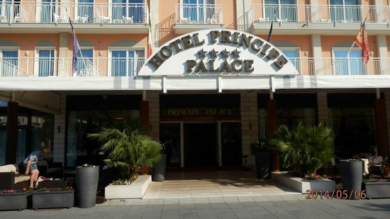 Hotel Principe Palace: Front view