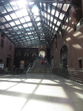 United States Holocaust Memorial Museum : View from the lobby