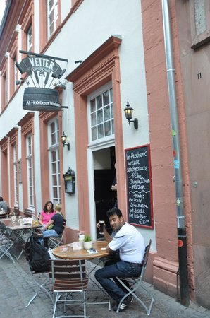 Vetter's Alt Heidelberger Brauhaus: the outdoor seating