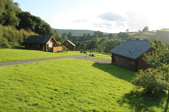 Black Hall Lodges: View from Ontario Lodge decking/hot tub