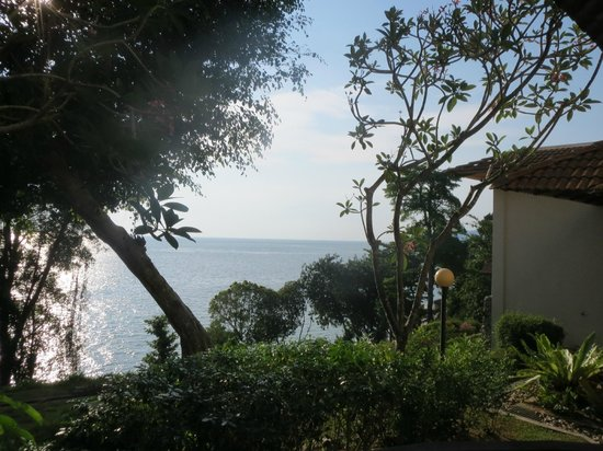 Swiss-Garden Beach Resort Damai Laut: View of the surroundings from the Spa