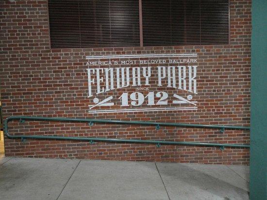 Fenway Park : 1912年建造