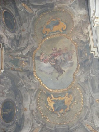 Basilica di Sant'Ambrogio: ceiling