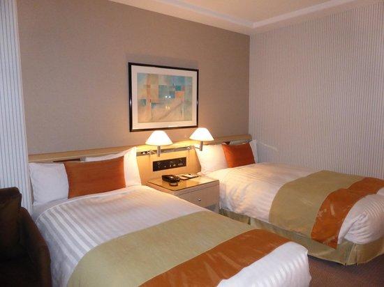 Hotel New Grand : 豪華さはそれほどではありませんが、清潔感あります