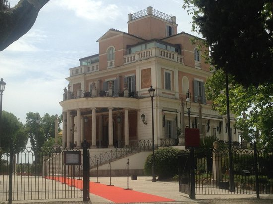 Casina Valadier: Outside view