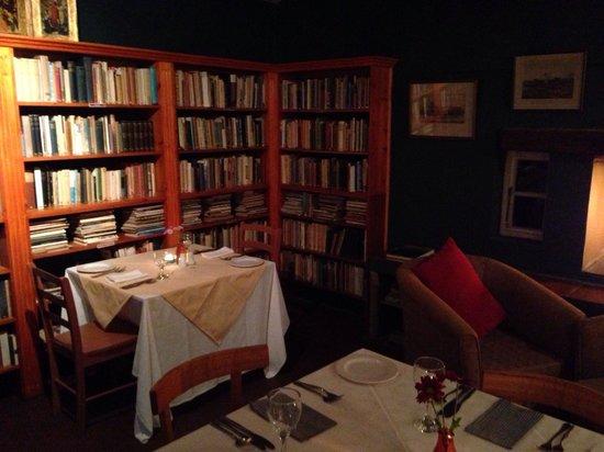 Tebaldis: The library
