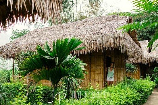 Mai Chau Nature Place: Riverside Bugalow