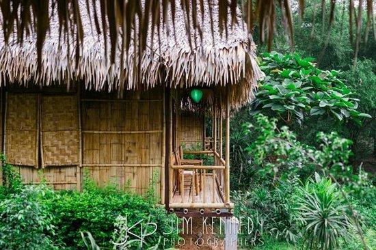 Mai Chau Nature Place: back of bungalow