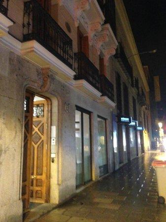 Eric Vokel Boutique Apartments - Madrid Suites: Entrance