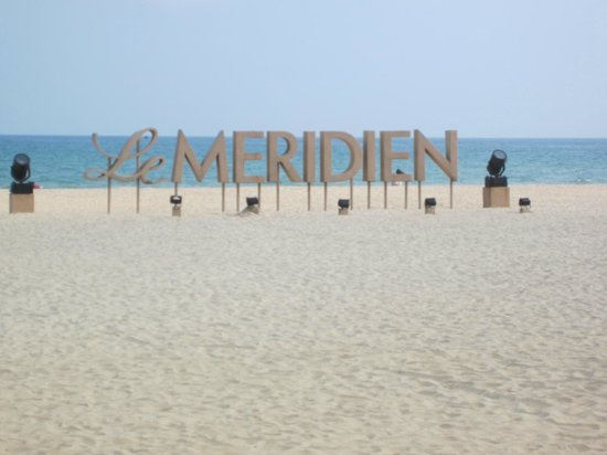 Le Meridien Shimei Bay Beach Resort & Spa: public beach