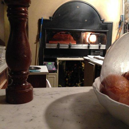 Osteria del Caffè Italiano: View of the Oven