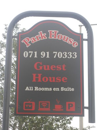 Park House Bed & Breakfast: Park House sign