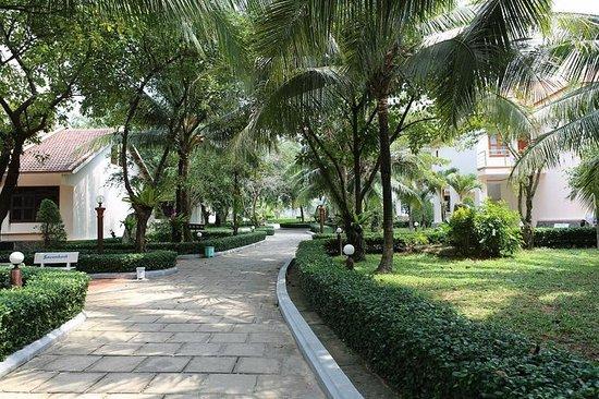 Thien Thanh Resort: Территория отеля