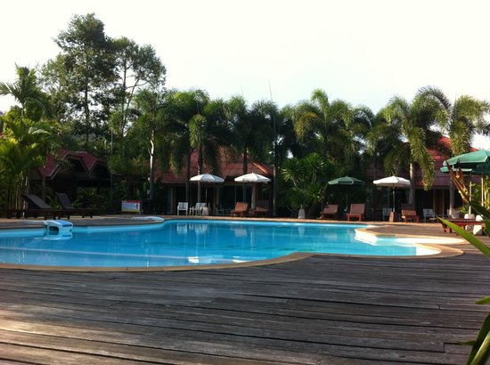 Green View Village Resort: belle piscine