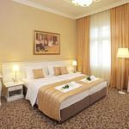 Booking Rooms : Superior Room
