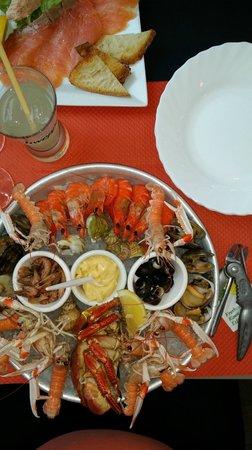 Le Bodegon : Plateau de fruits de mer (sans huitre, mais ce fut un choix !)