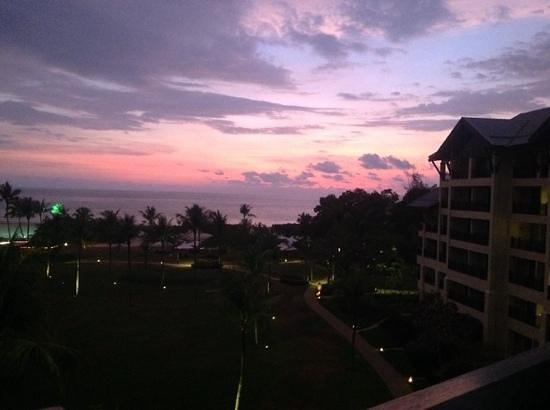 Shangri-La's Rasa Ria Resort & Spa: Wonderful Sunset