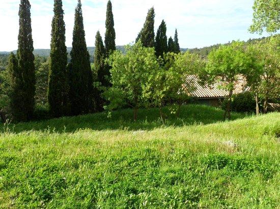 Le Roc sur l'Orbieu: Jardines