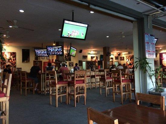 Adrenalin Sports Bar: ADRENALIN